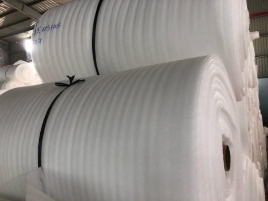 Màng PE Foam 2mm x 105cm x 150m,